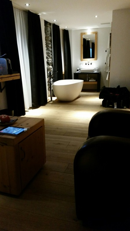 superior-room-at-the-Dom-in-Saas-Fee